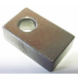 Направляющая вилки механизма блокировки дифференциала В, сталь, LU022275