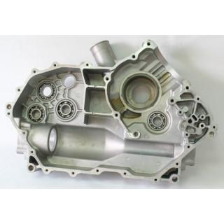 Картер двигателя, левая половина, в сборе (без шестерен и вала), LU051836