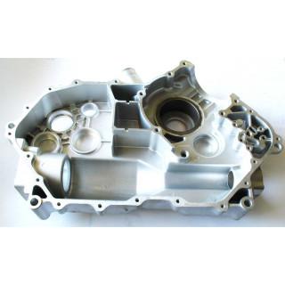Картер двигателя, левая половина, аллюм.сплав, LU018364