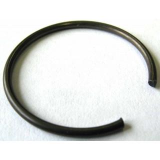 Кольцо стопорное поршневого пальца, сталь, LU027671