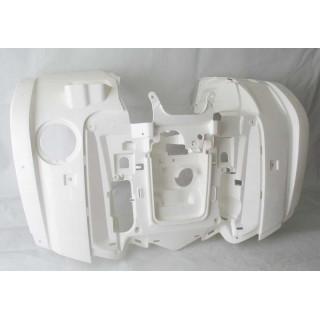 Щиток кузова облицовочный передний (белый), пластик, JU066441
