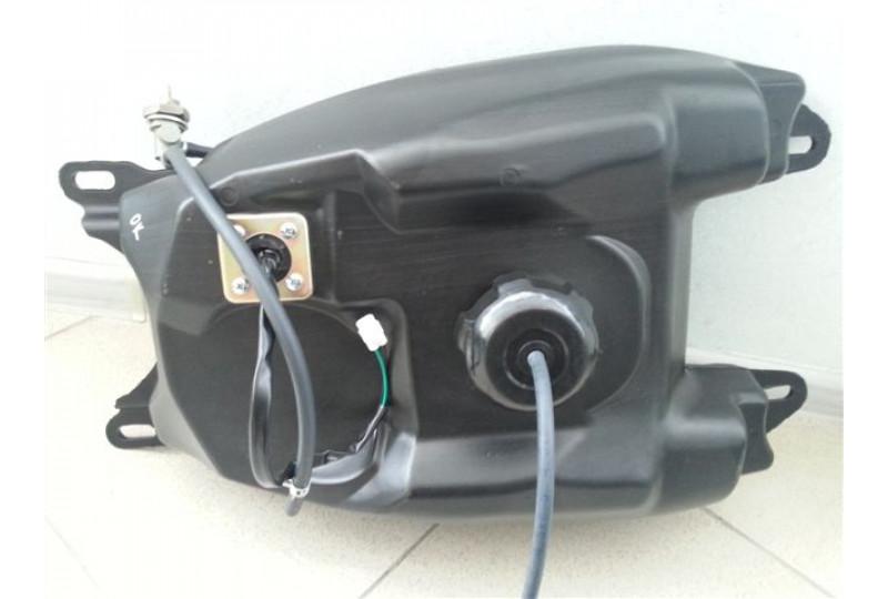 Бак топливный, пластик, в сборе с крышкой, топл.краном и датчиком уровня топлива, KS000019