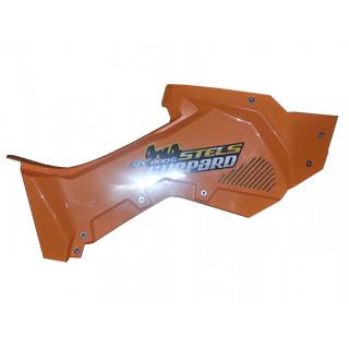 Панель облицовочная кузова боковая правая (оранжевый), пластик, JU075945